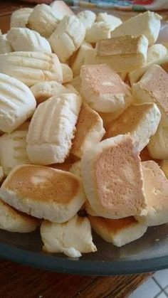 Homemade Pizza Dough Without Yeast – brownie Koekjes Bread Recipes, Cookie Recipes, Sweet Recipes, Healthy Recipes, Portuguese Recipes, Thanksgiving Recipes, Chip Cookies, Biscuits, Bakery