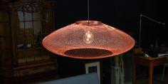 Atelier Robotiq UFO lamp is een unieke Dutch design hanglamp van harsdraden ♥ Officiële dealer ♥ Gratis verzending ♥ 14 dagen retourrecht ☎ +31302540811