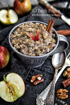 budinca de chia cu mere si scortisoara 2 Sweets Recipes, Baby Food Recipes, Diet Recipes, Cake Recipes, Snack Recipes, Healthy Recipes, Good Food, Yummy Food, Tasty