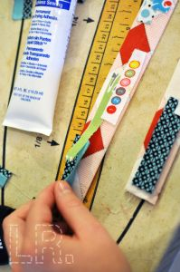 A tutorial for making purse straps out of selvages.