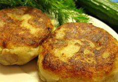 A mai receptünk egy burgonyás gombás fasírt. Nagyon egyszerű az elkészítése, az íze pedig mindenkit lenyűgöz. Fogyaszthatjuk ebédre vagy vacsorára, még a gyerekek is nagyon szeretik. Nálunk hatalmas sikere van! Hozzávalók: 300 – 400 g burgonyapüré, 30 g vaj, 150 200 g sajt, 1 db tojás, 2 teáskanál őrölt kapor,[...]
