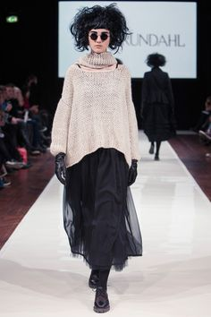 Ivan Grundahl Fall 2013 Ready-to-Wear Collection Slideshow on Style.com