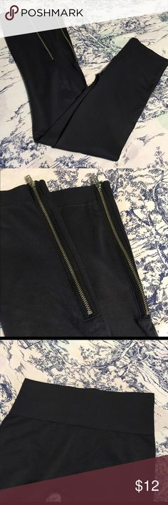 Macys INC International Concepts Leggings Size S INC International Concepts leggings with banded waist line and zip up ankles. Size Small. Color Gray. Material 93/7 Nylon/Spandex. Measurements: waist: 12, inseam: 27, rise: 8 INC International Concepts Pants Leggings