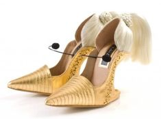 Another 15 Totally Crazy Shoes (crazy shoes, funny shoes, unusual shoes) - ODDEE Amazing blonde singer shoes. (Source)