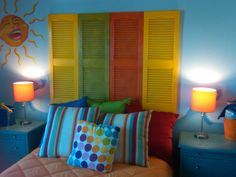 Cute kids room - love the shutter idea!!!  My middle child Logan would LOVE this!! Will have to keep this for his room!
