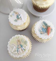 Beatrix Potter Peter Rabbit cupcakes first birthday Peter Rabbit Cake, Peter Rabbit Birthday, Bunny Cupcakes, Flower Cupcakes, Mini Cakes, Cupcake Cakes, Christening Cupcakes, Rabbit Treats, First Birthday Cupcakes