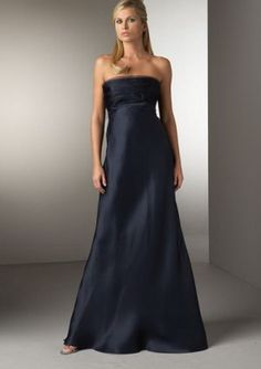 Evening dresses would be the formal outfits worn for evening events mostly by women. These dresses will also be known as prom night dresses. Formal Evening Dresses, Formal Gowns, Evening Gowns, Long Gowns, Formal Outfits, Beautiful Dresses, Nice Dresses, Prom Dresses, Dinner Dresses