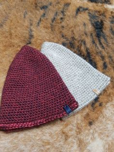 가자울 락앤롤 모자도안 : 네이버 블로그 Origami, Winter Knit Hats, Hats For Women, Purses And Bags, Knitted Hats, Knit Crochet, Beanie, Embroidery, Sewing