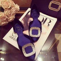 Roger Vivier Crystal-embellished satin ballerinas blue - $170.00 : morecabinet.com Roger Vivier Shoes, Tory Burch Flats, Ballerinas, Satin, Crystals, Blue, Fashion, Moda, Ballet Flats
