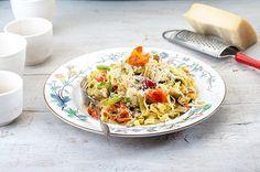 Ταλιατέλες με κοτόπουλο και πικάντικη κρέμα λαχανικών   Συνταγή   Argiro.gr