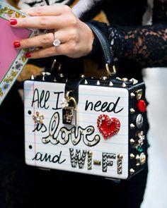 "179 lượt thích, 4 bình luận - Mademoiselle M (@monikamotor_photography) trên Instagram: ""#streetstyle#milan#mfw#ss18#milanfashionweek#dolcegabbana#pretaporter#fashion#show#cool#style#fall#look#luxurious#diamondring#bag#instabag#baglover…"""