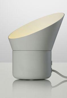 Projektørlignende bordlampe