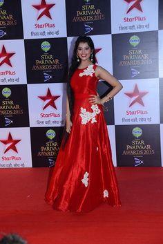 Digangana-suryavanshi-aka-Veera-from-Veera-at-the-red-carpet-of-Star-Parivaar-Awards-2015