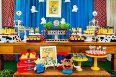 Quintal de Contos | Amigo estou aqui! Toy Story!