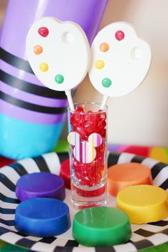 Trend Alert: How to Host an App Themed Party!