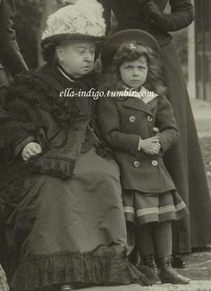 Queen Victoria and her Great Granddaughter, Princess Elisabeth