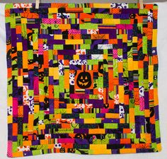 Recent Studio Juju Quilts Etsy listing at https://www.etsy.com/listing/163644102/no-8-string-quilt-halloween-boo-ya