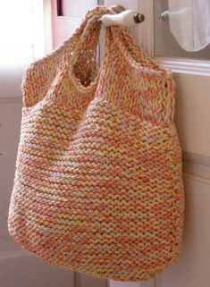 Big Easy Bag Free Knitting Pattern from Katia. Skill Level: Easy Garter stitch b… Big Easy Bag Free Knitting Pattern from Katia. Skill Level: Easy Garter stitch bag using bulky yarn, quick and easy knit. Easy Knitting Patterns, Free Knitting, Crochet Patterns, Easy Knitting Projects, Knitting Stitches, Knitting Yarn, Stitch Patterns, Knitting And Crocheting, Knitting Needle Case