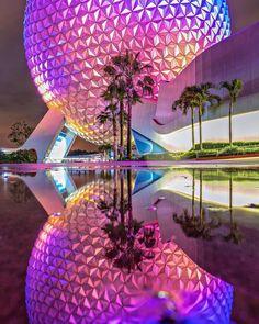 Spaceship Earth reflected in puddles at night. Disney World Florida, Disney World Parks, Disney World Resorts, Disney Day, Disney Trips, Disney Magic, Disney Theme, Disney Cruise, Disney Parque