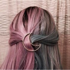 Saç aksesuarları Daire, hilal, unicorn, elmas,üçgen, ananas şeklinde gold renk toka. Orjinal bir üründür..... 414771