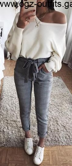 Leuke casual outfit-ideeën voor de back to school voor # ideeën . - Leuke casual outfit-ideeën voor de back to school voor # ideeën # … – Kleidung für Teenager – Source by Jennyswonderlandd - Adrette Outfits, Summer Fashion Outfits, Fashion Clothes, Preppy Outfits For School, Dress Fashion, Skirt Outfits, Cute Outfits For School For Teens, Cute College Outfits, College Wear