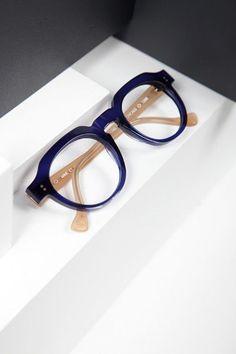 Fake Glasses, Cool Glasses, New Glasses, Glasses Frames, Round Lens Sunglasses, Cute Sunglasses, Sunglasses Women, Latest Sunglasses, Theo Eyewear