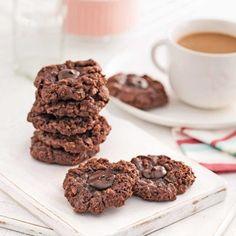 Miam! Des biscuits croquants et moelleux à la fois! Ces petits délices chocolatés en surprendront plus d'un.