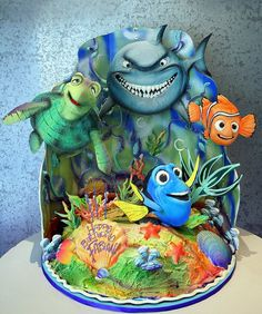 O.M.G. A Finding Nemo Cake!!! I WANT!!! #Disney #FindingNemo #favoritemovie