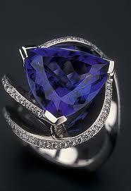 Tanzanite! OMG, anniversary ring!!!!!!!!!!!!!!!!