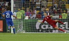Italy's Pirlo scores a goal past England's goalkeeper Hart during the penalty shoot-out of their Euro 2012 quarter-final soccer match at Olympic Stadium in Kiev. NIGEL RODDIS/REUTERS