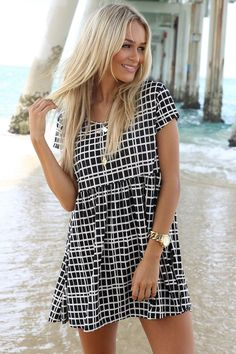 Lovely Black and White Summer Dress Look 2015 Arrivals.