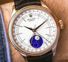 Hands-On with the new Rolex Cellini Moonphase reference 50535. With a moon disc produced from a piece of meteorite and 18k Everose gold case. Discover all details in our latest article...