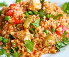 Csirkés paella Recept képpel - Mindmegette.hu - Receptek Paella, Fried Rice, Fries, Ethnic Recipes, Food, Essen, Meals, Nasi Goreng, Yemek