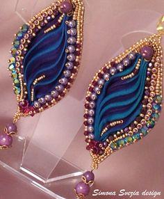 Earrings made with shibori silk, Swarovski cristals, pearls, fire-polished beads, rocailles (designed by Simona Svezia) https://www.etsy.com/it/shop/PerlineeBijoux