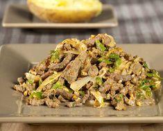 Gewokte runderreepjes met hazelnoten en groenten