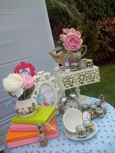 Alice in Wonderland Birthday Party Ideas | Photo 10 of 11 | Catch My Party
