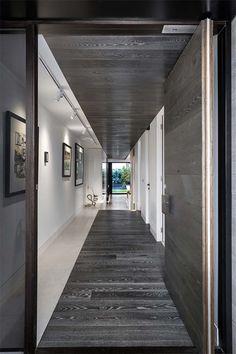 Sophisticated Home Design in Melbourne Celebrating Openness: Caroline Residence Vestibule, Architecture Details, Interior Architecture, Residential Architecture, Floor Design, House Design, Wall Design, Corridor Design, Contemporary Building