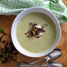Recipe : Soupe Flamande with Creme Fraiche and Frizzled Brussels Sprouts