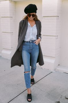 the daybook, sydney liann, what I wore, fall style, street style, sweater, beret, black heels, mom jeans, high-waisted jeans