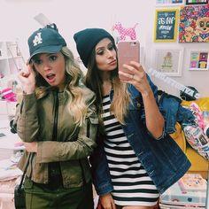 Gravando com essa linda @viihrocha  Ela invadiu o meu closet e nem preciso dizer que montou Looks incríveis que eu nem imaginava que seria possível  by tacielealcolea