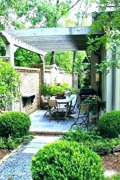 Small Yard Design, Front Yard Design, Patio Design, Garden Design, Landscaping Design, Front Yard Patio, Side Yard Landscaping, Front Porch, Backyard Ideas For Small Yards