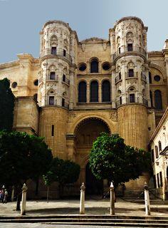 'La Manquita' the cathedral of Malaga in Andalucia. #manquita #malaga