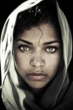 Antonia Thomas. vivid / piercing / beauty