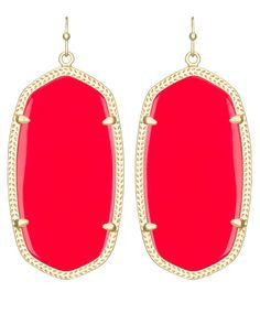 Danielle Earrings in Bright Red - Kendra Scott Jewelry $60 these would be perfect for gameday! Opal Earrings, Statement Earrings, Chandelier Earrings, Red Jewelry, Fine Jewelry, Kendra Scott Danielle Earrings, Kendra Scott Jewelry, Bright, Gold