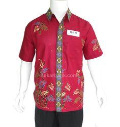 kemeja batik pria modern merah marun