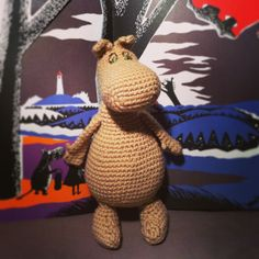 New Updated Moomin FREE Ami. This has been modified, also: hats/handbag/apron pattern too. Oh the joy! Thanks so for revising pattern and keeping it free! yay xox