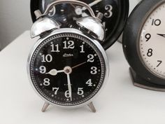 Small Vintage Clock by blondiensc on Etsy