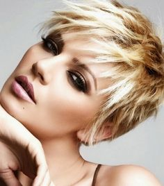The Messy Rock n Roll Goddess Short Pixie Hairstyles 2014 with Blunt Cut Styling