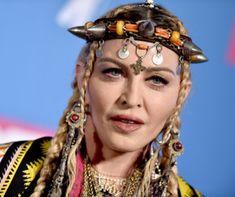 Egytojásos csokis piskóta Recept képpel - Mindmegette.hu - Receptek Madonna, Captain Hat, Hats, Hat, Caps Hats