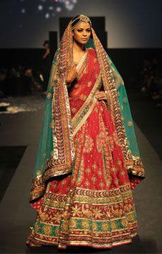 Ritu Kumar. Panchvastra: Kunti 12'. Indian Couture.